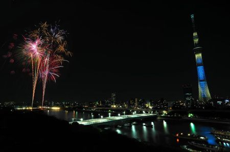 800px-Sumidagawa_Fireworks_Festival2012